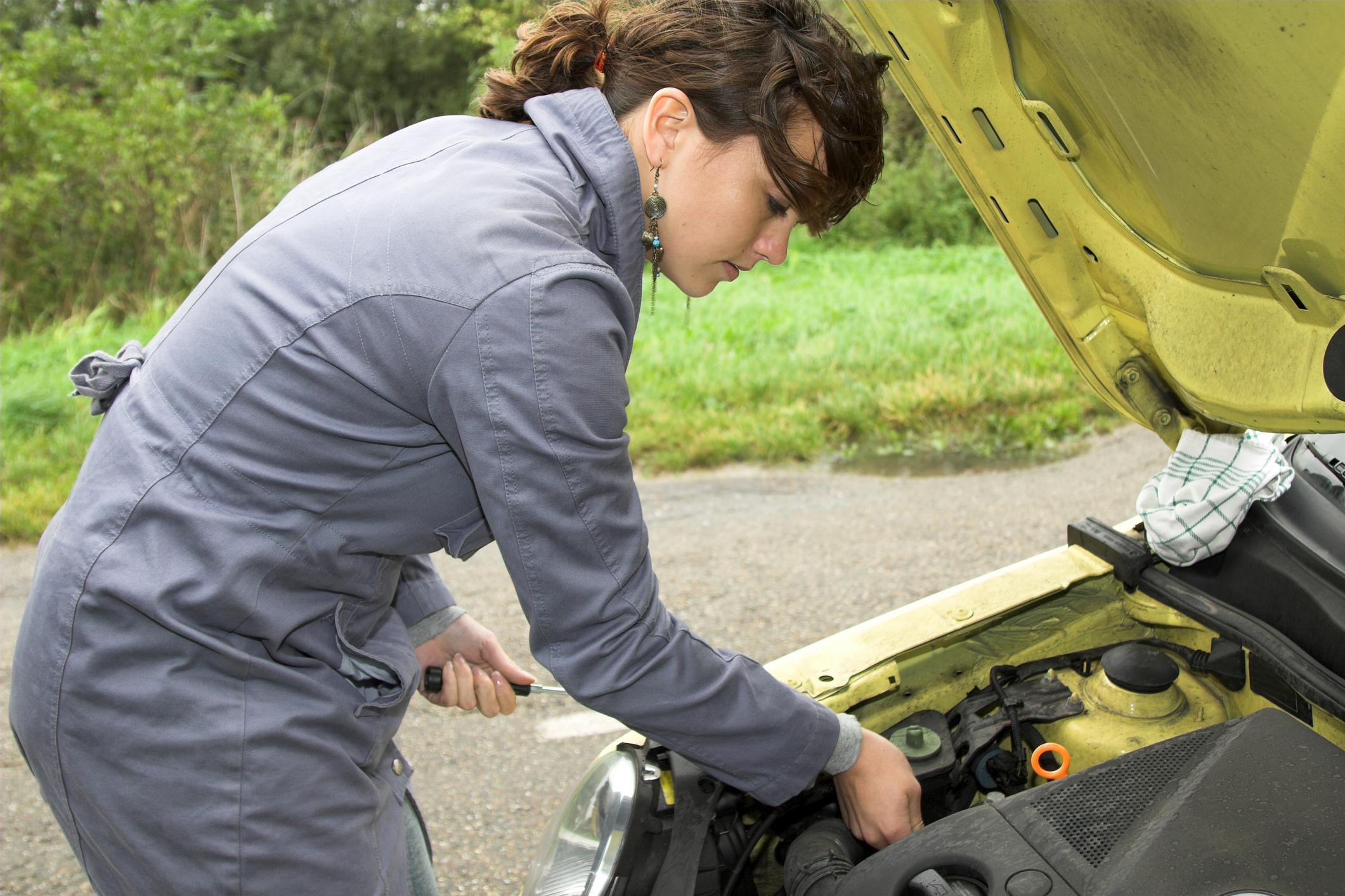 This is a picture of a roadside assistance.